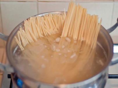 Cooking Italian pasta