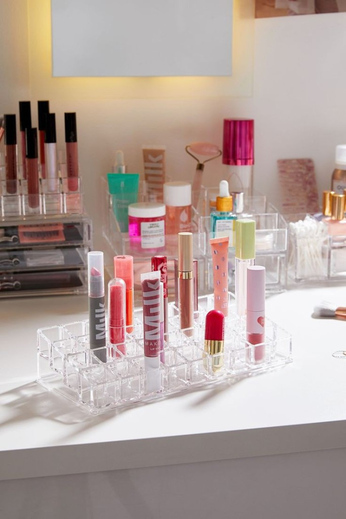 Recycling lipsticks